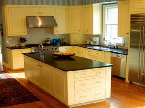 kitchen colors for small kitchens kitchen paint colors for small kitchens cool color