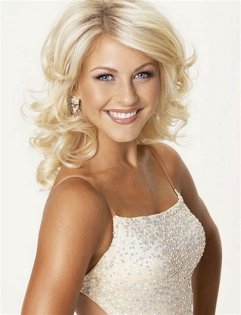 how to make your hair like julianne hough from rock of ages it would be fun to go bleach blonde hair long or