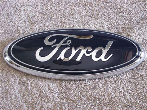 Emblem Grill new ford 2015 grille emblem f350 2005 06 07 oem aa8z 9942528 a 9 quot x 3 1 2 ebay