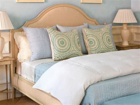 an easy tip for putting sheets on your bed without losing your cool southern living