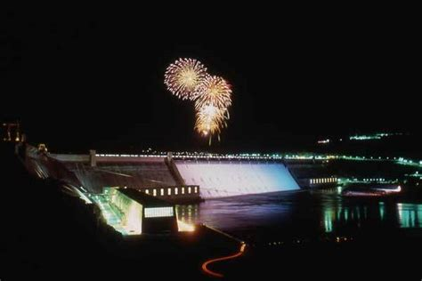 grand coulee dam laser light grand coulee dam the best laser show on earth