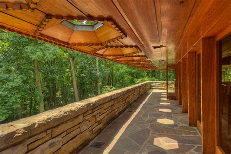 House Knob by Guided House Tours Kentuck Knob