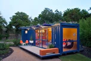 Cool Small Homes by 6 Cool Tiny Houses Made From Shipping Containers