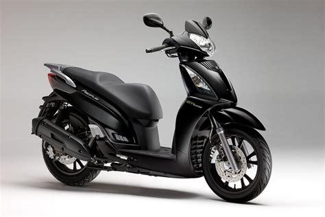 Motorrad Mit 4 Rädern Gebraucht by Gebrauchte Und Neue Kymco Gt 125i Motorr 228 Der Kaufen