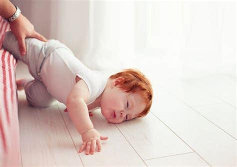 Camas Para Bebes De 2 Anos #5: Nino-golpe-en-la-cabeza.jpg