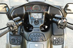 2010 honda gold wing gl1800 road test | rider magazine reviews