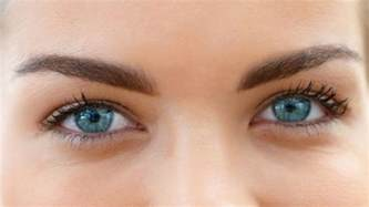 how to make your eye color lighter laser procedure can turn brown blue cnn