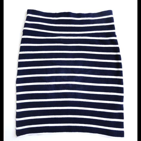38 forever 21 dresses skirts navy and white