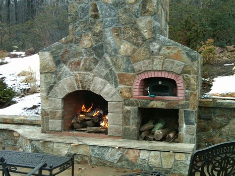 OUTDOOR GAS FIREPLACES PIZZA OVEN ? Fireplaces