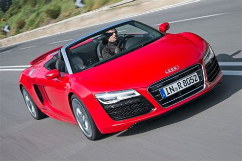 Auto Bild Sportscars Ausgabe 4 2013 by Audi R8 Audi R8 V10 Plus Audi R8 V10 Spyder Vergleich