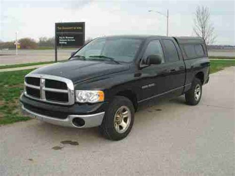 dodge ram 1500 bed caps buy used 2004 dodge ram 1500 extended cab w truck bed cap