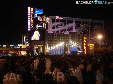 las vegas new years shows las vegas new years 2018 events nye