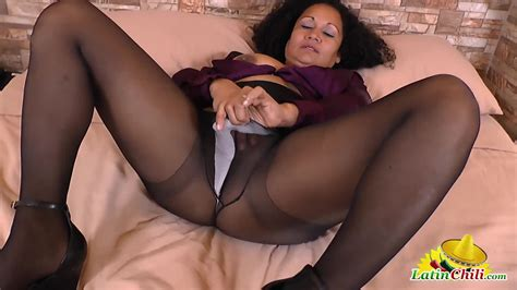 Old Nanny Busty Mature Latina Toys And Fingers Her Hairy