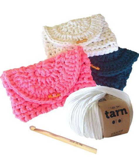 t shirt yarn clutch pattern 25 best images about tarn patterns on pinterest