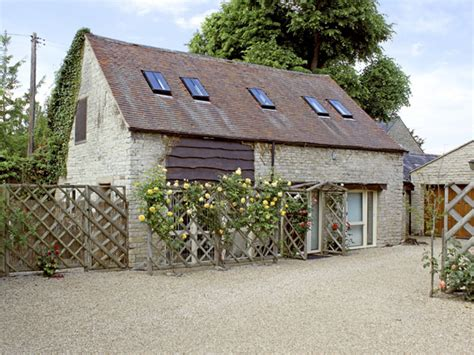 sykes house cottage halford self catering holiday cottage