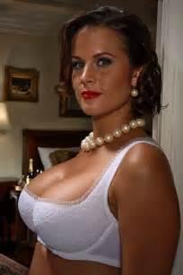 shelfie big bras pinterest rich man