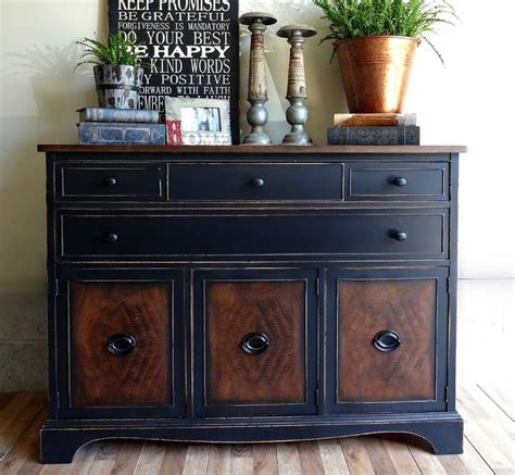 Paint Wood Dresser by Best 25 Black Distressed Dresser Ideas On