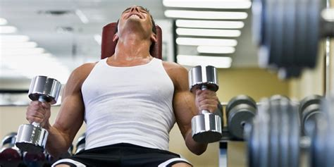 10 Fit Who Will You Work Out With by Everyday Thoughts Guys Working Out Askmen
