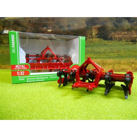 siku scheune 1 32 siku 1 32 grimme ridging hiller one32 farm toys and models