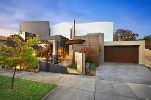 modern luxury home in australia modern top hill house designs iroonie com