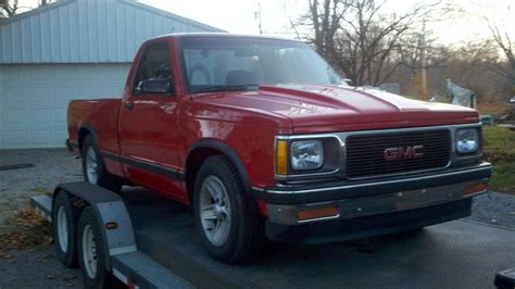 how can i learn about cars 1992 gmc 1500 club coupe instrument cluster mycamaros 1992 gmc sonoma regular cabspecial short bed specs photos modification info at cardomain