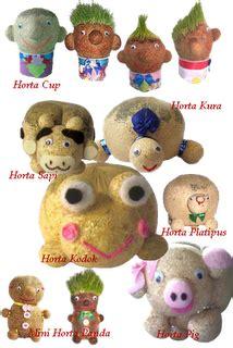 Boneka Horta Pelihara Tumbuh Rumput Asli boneka horta
