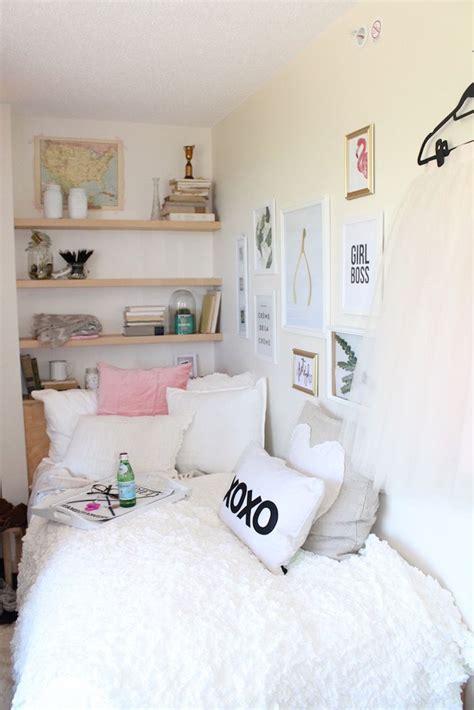 simple cozy bedroom best 25 cozy dorm room ideas on pinterest