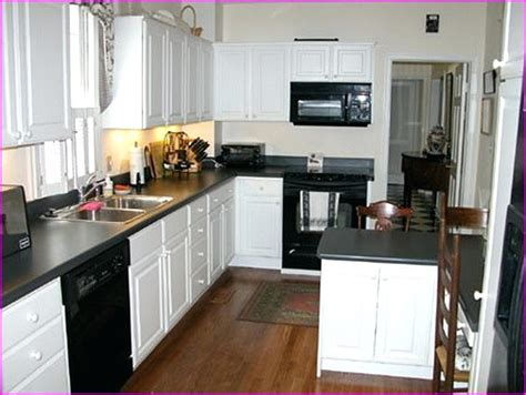 Black Friday Kitchen Cabinets Kitchens With Black Appliances Kitchen White Kitchen With Black Appliances Pictures Antique