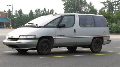 chevy minivan chevrolet lumina minivan price modifications pictures