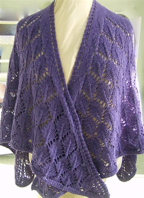 knitting patterns for shawls sunfunliving knits oak leaves shawl pattern free