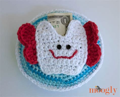 Tooth Pillow Pattern by Crochet Free Pattern Pillow Tooth Crochet Free Patterns Hairstyles