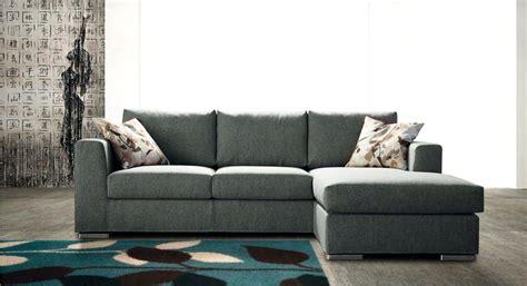 divani chaise longue prezzi divano errebi swing divani con chaise longue tessuto