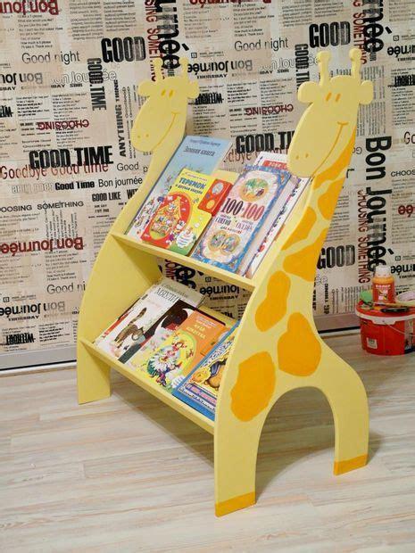 estante para libros infantiles m 225 s de 25 ideas incre 237 bles sobre repisas infantiles en