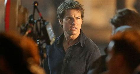 film tom cruise 2016 tom cruise s mummy reboot gets official synopsis movies