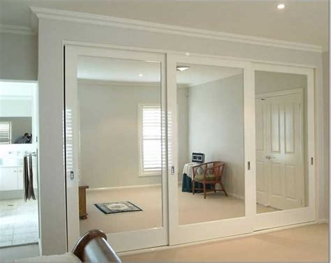 sliding mirror closet doors best 25 mirrored closet doors ideas only on