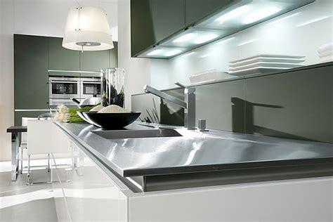 u küche mit elektrogeräten schlafzimmer betten leder