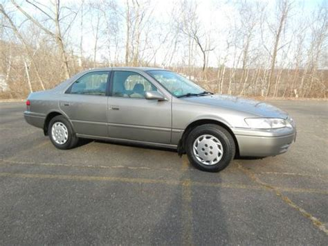1997 Toyota Camry Mpg Find Used 1997 Toyota Camry Le Sedan 4 Door 4 Cyl 2 2l No