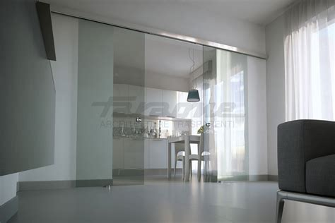 porte di vetro scorrevoli velo la porta scorrevole tuttovetro dal design minimale