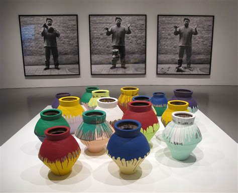 Ai Weiwei Breaking Vase by Ai Weiwei Says U S Artist Was Wrong To Smash His Vase