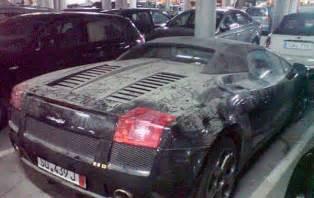 Auto In Dubai Kopen Bizar Achtergelaten Sportwagens In Dubai Noowz Nl