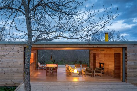 libro retreat the modern house log cabin architecture four seasons house by churtichaga quadra salcedo spain openhouse