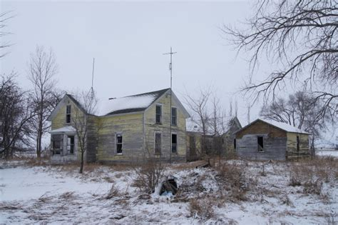 haunted houses in mn 12 houses in minnesota that could be haunted
