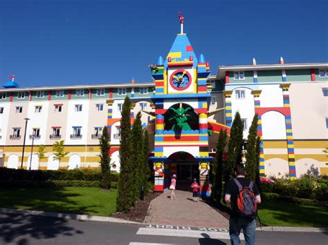 theme park hotel uk legoland windsor theme park hotel review