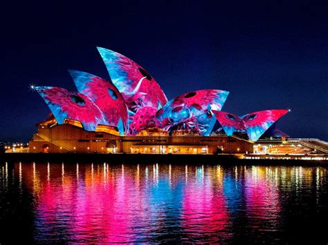 vivid sydney light music and ideas sydney harbour event