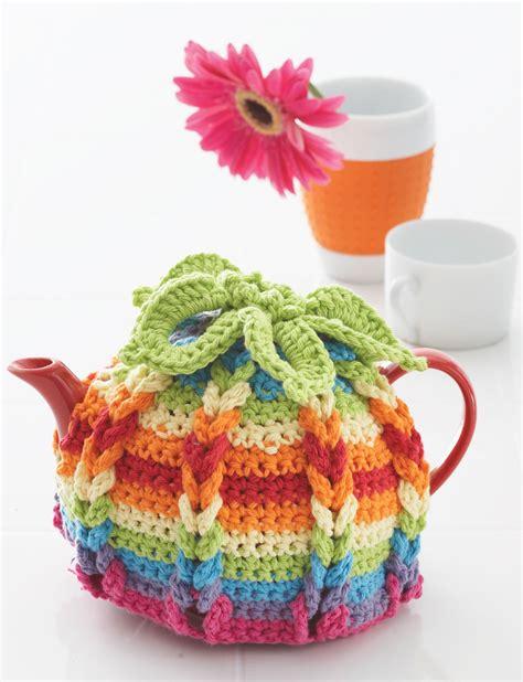 free pattern tea cosy lily hot hibiscus tea cozy crochet pattern yarnspirations