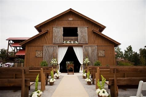 Picture Of Inspiring Barn Wedding Exterior Decor Ideas