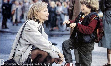 one fine day film review bond s michelle pfeiffer web page one fine day