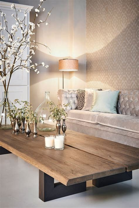 rooms to go bank 25 best ideas about coffee tables on farmhouse coffee tables country coffee table