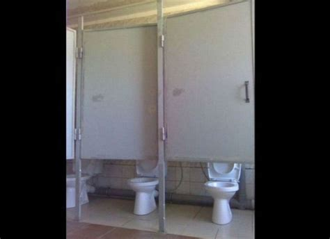 Explodes In Bathroom Stall by 27 Bathroom Moments That Are Completely Disgusting