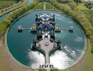 house with a moat eye on miami looking for a house with a moat no problem by geniusofdespair